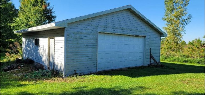 W755 Hwy 21, Berlin, WI by First Weber Real Estate $69,900