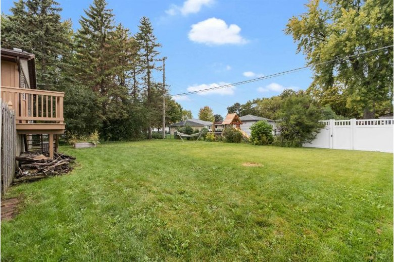 1206 W Grant Street Appleton, WI 54914 by First Weber Real Estate $224,809