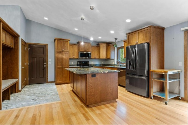 1605 S Hillcrest Drive Appleton, WI 54914 by First Weber Real Estate $299,900