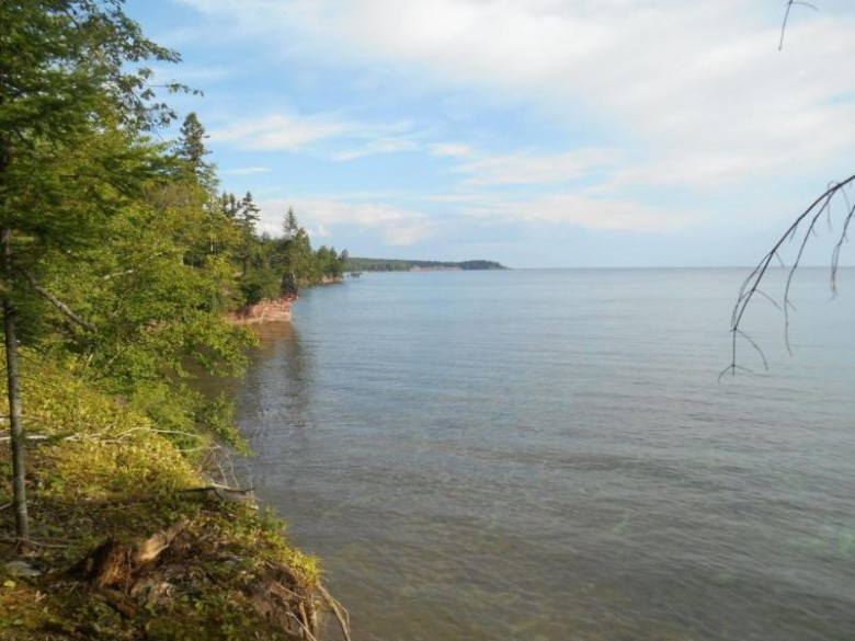 244 Eagles Nest Rd, Marquette, MI by Re/Max 1st Realty $209,000