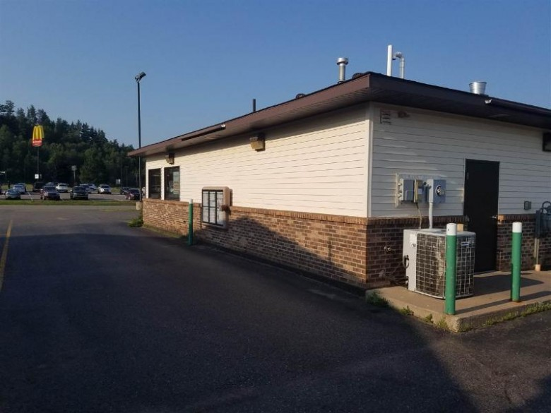 840 Carp River Ln, Ishpeming, MI by Re/Max 1st Realty $275,000