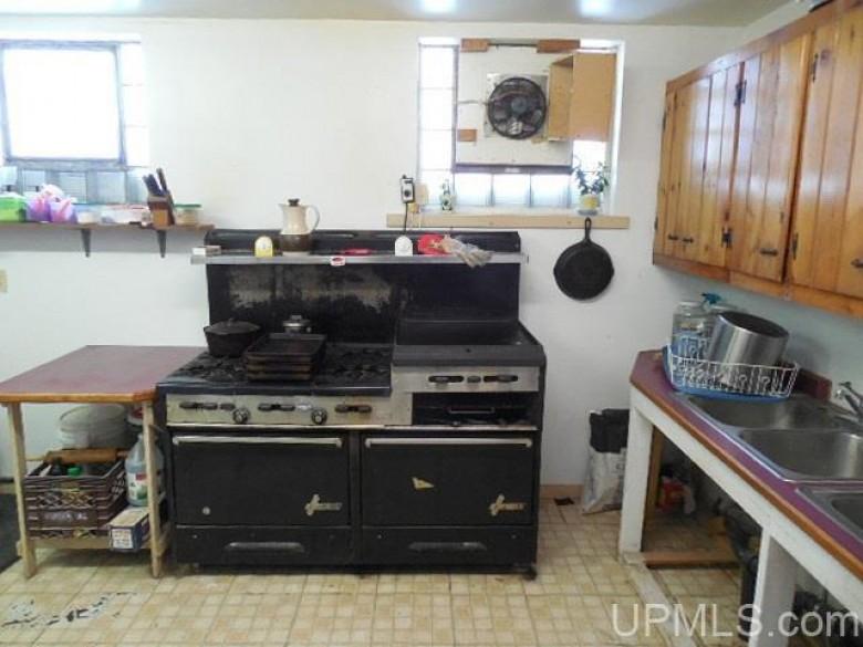 503 Michigan St, Ontonagon, MI by Domitrovich Realty, Inc $51,900