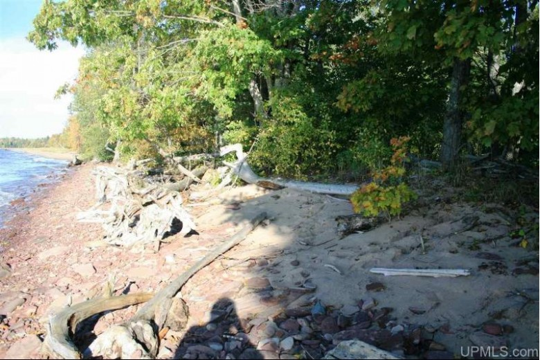 TBD Lakeshore Dr 75-79, Ontonagon, MI by First Weber Real Estate $1,499,950