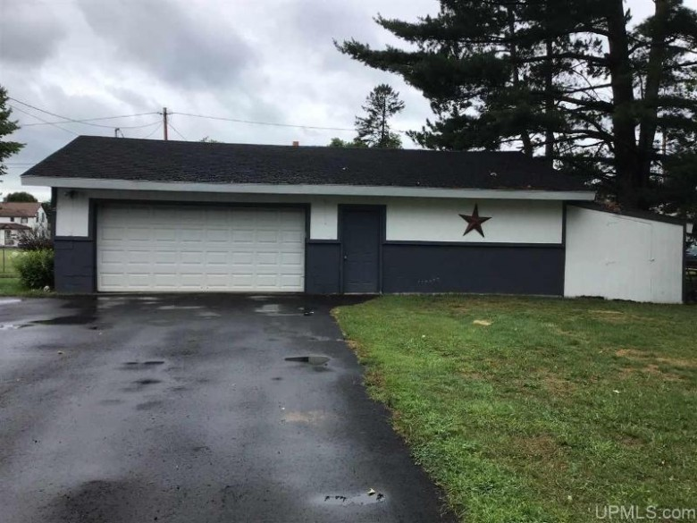 622 N 4th St, L'Anse, MI by Up North Realty $89,900