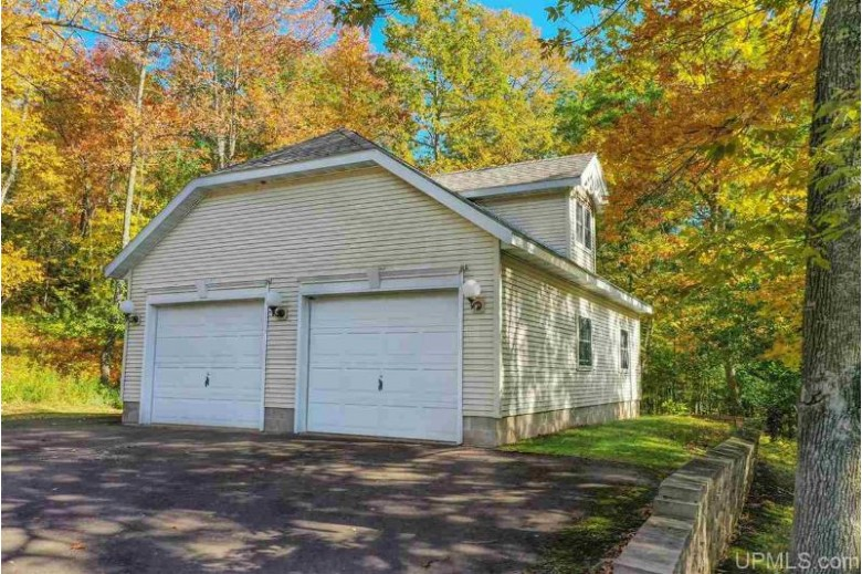 E5318 Jackson Rd, Ironwood, MI by Coldwell Banker Mulleady $499,999