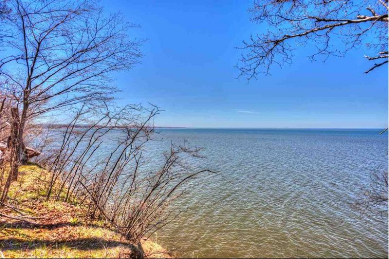 280 E Lake  (505) Rd 3.1, Ironwood, MI by The Real Estate Store $149,000