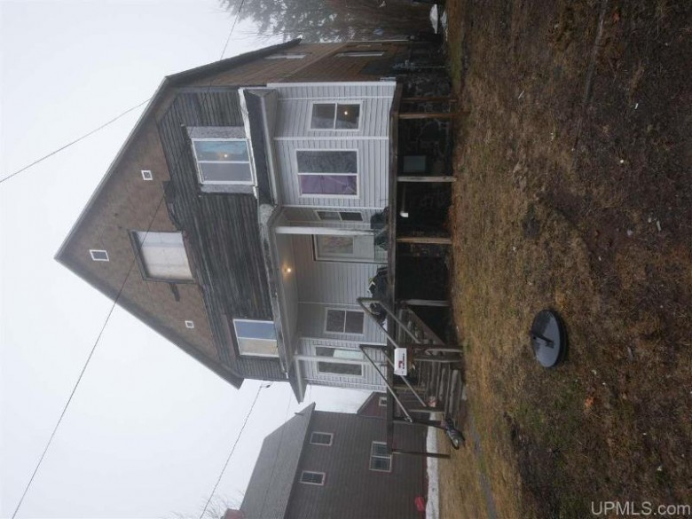 123 S Kearsarge St, Laurium, MI by Century 21 North Country Agency $41,500