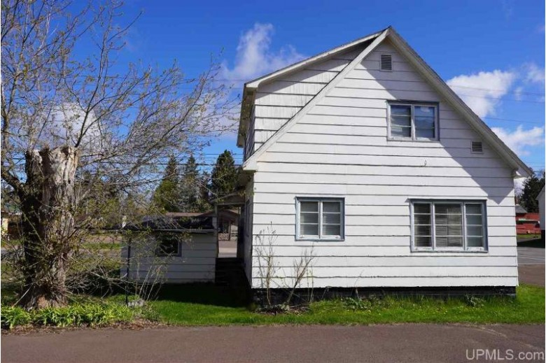 517 E Ayer St, Ironwood, MI by First Weber Real Estate $39,900