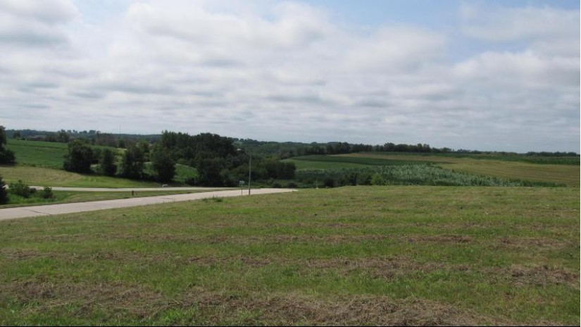 LOT 7 CROSSING MEADOWS Viroqua, WI 54665-0000 by United Country - Oakwood Realty $36,900