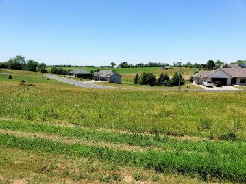 LOT 28 16TH FAIRWAY DR, Viroqua, WI 54665-0000