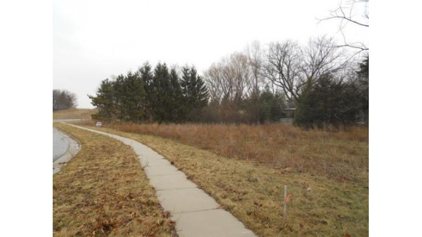 Lt3 BREWSTER DR Lake Mills, WI 53551-1761 by Re/Max Community Realty $49,900