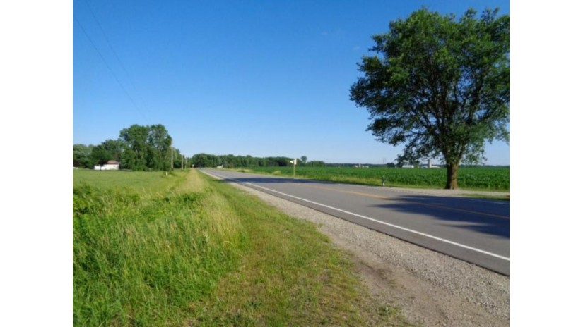 6442 State Hwy 156 Pittsfield, WI 54162 by Boss Realty, Llc $582,000