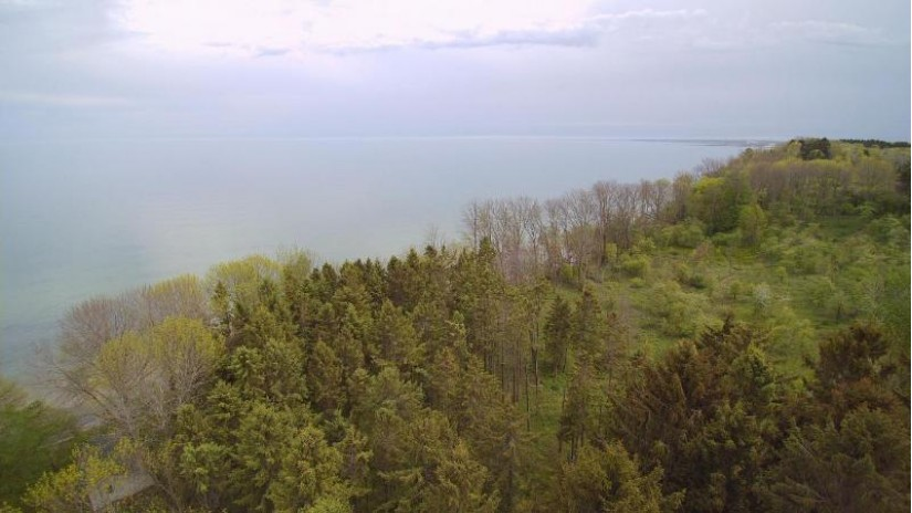 Lt1 Lake Michigan Port Washington, WI 53074 by @properties $1,200,000
