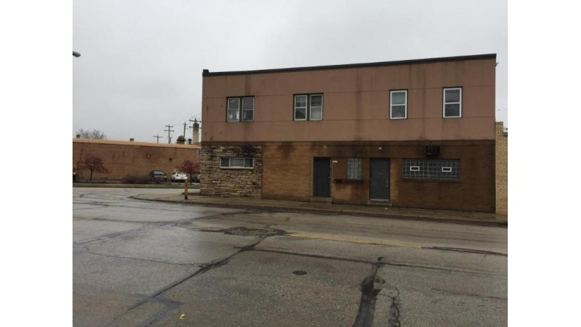 5901 W Beloit Rd West Allis, WI 53219-1559 by Milwaukee County Dept Of Economic Development $200,000