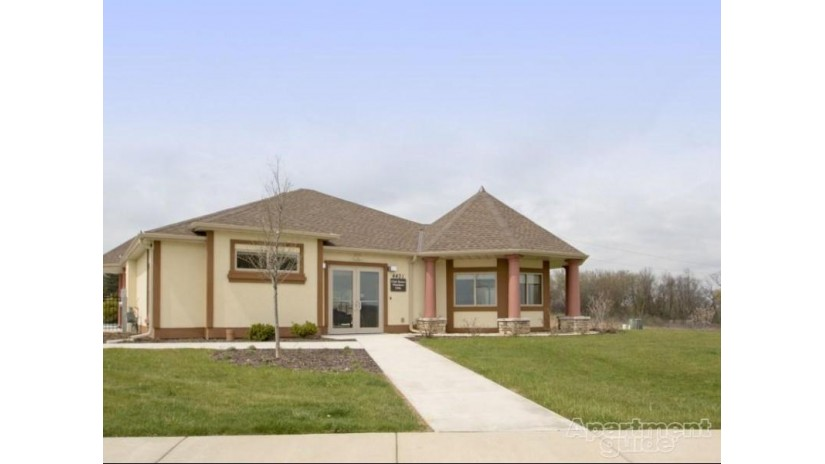 4471-4529 S 110th St 4483 Greenfield, WI 53228-2577 by Forest Green Realty $1,820