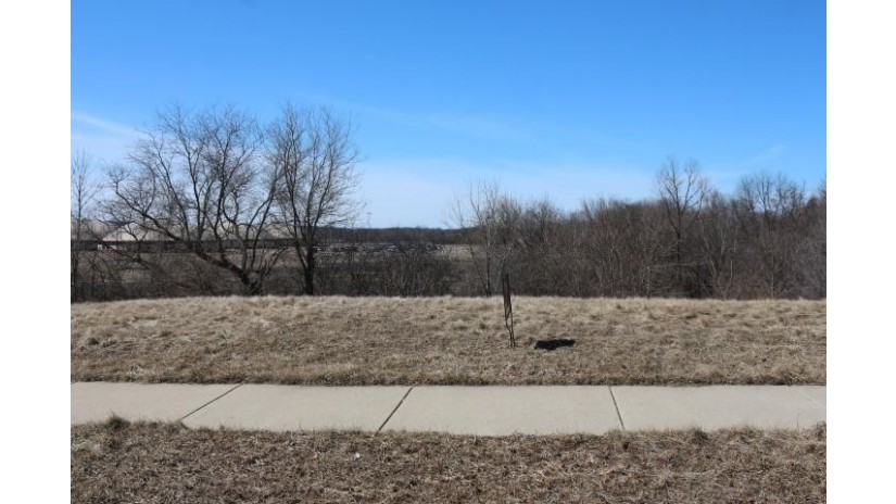 308 Stonefield Dr Johnson Creek, WI 53038 by Century 21 Affiliated- Jc $49,900