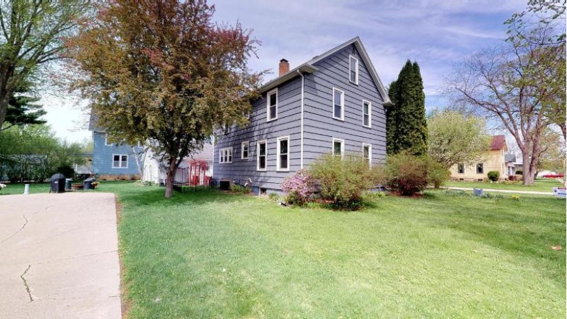 17029 N 6th St Galesville, WI 54630-8007 by Re/Max First Choice $184,900