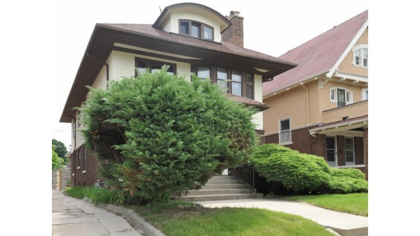 3412 N Downer Ave 3414 Milwaukee, WI 53211-2934 by Milwaukee Executive Realty, Llc $319,000