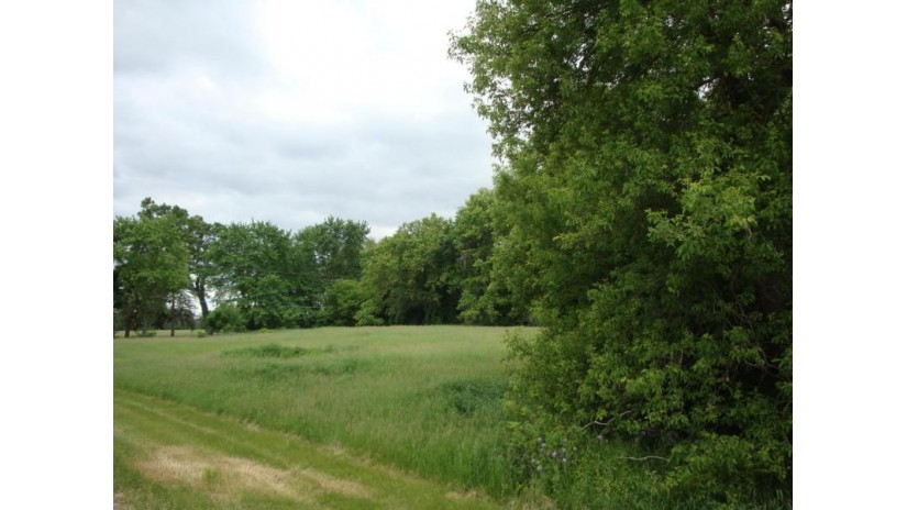 W365S3083 Walters Rd Ottawa, WI 53118 by Counsell Real Estate Inc $110,000
