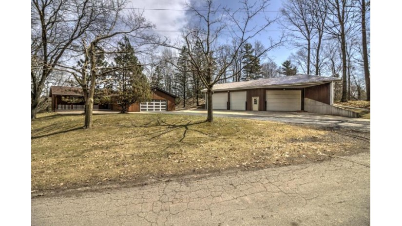 15612 Westwood LN Meeme, WI 53063-9781 by Core One Realty $399,900