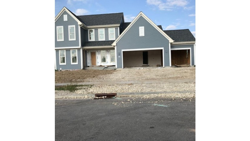 531 Edgewater Dr West Bend, WI 53095 by Bielinski Homes, Inc. $372,900