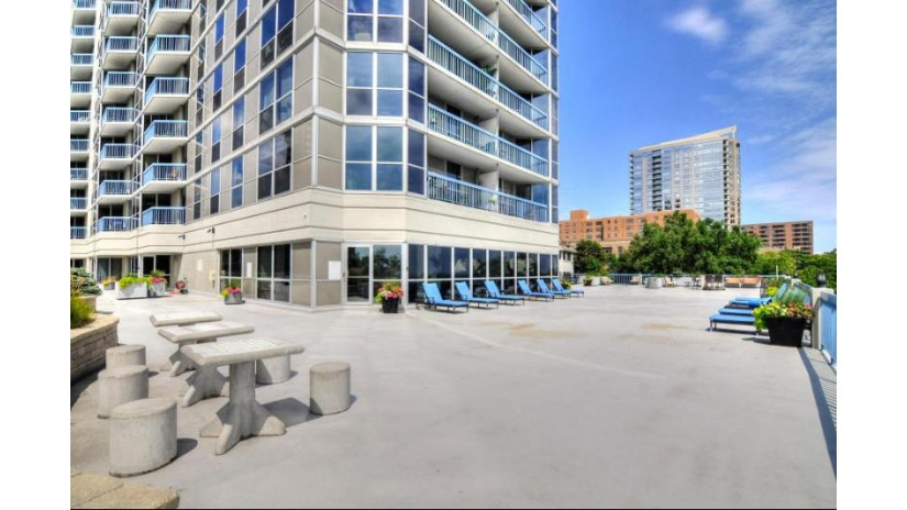 1633 N Prospect Ave 3F Milwaukee, WI 53202-2477 by Re/Max Gallery $149,900