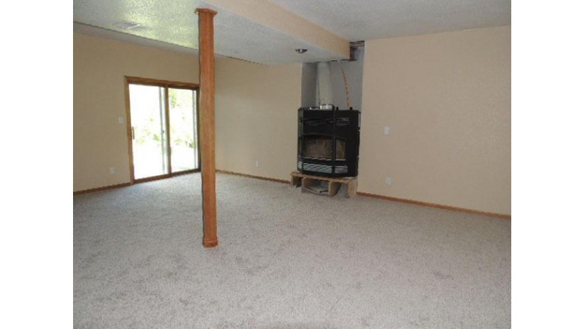 422 Emerald Hills Dr Fredonia, WI 53021-9359 by James Real Estate Services, Llc $314,999