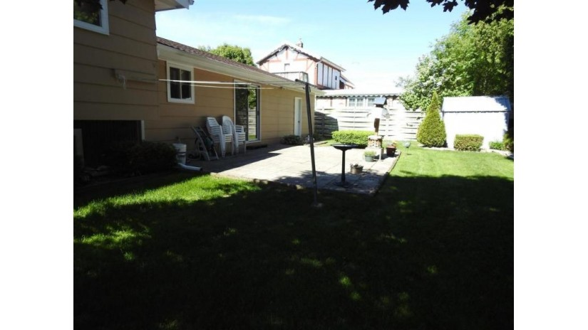 4118 Michigan Ave Manitowoc, WI 54220 by Coldwell Banker The Real Estate Group $149,900