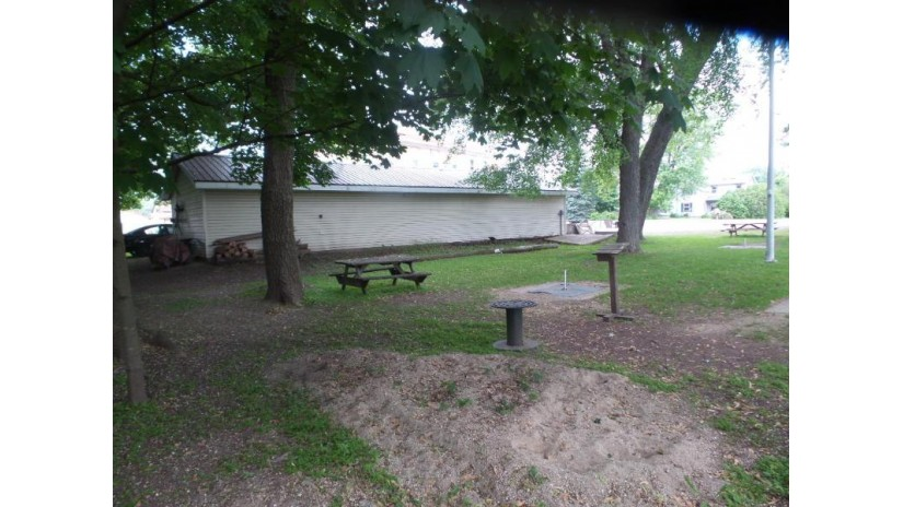 699 County Rd H Farmington, WI 53090-8206 by Homeowners Concept $370,000