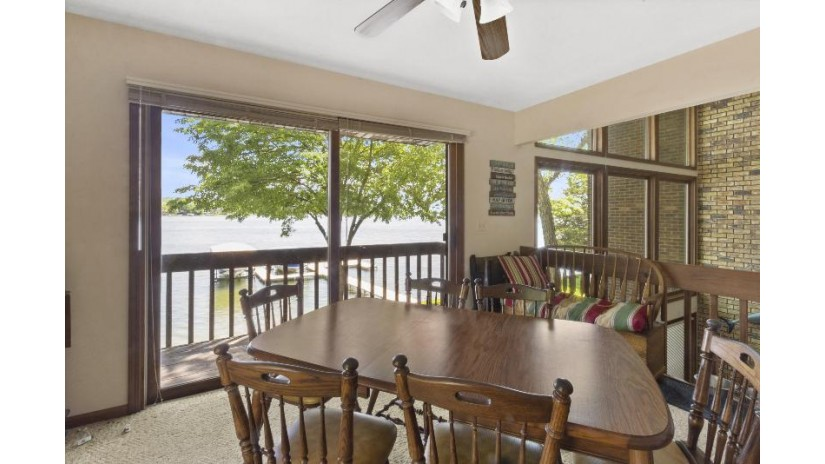 341 Lakeview Ave Twin Lakes, WI 53128 by Keefe Real Estate, Inc. $1,035,000