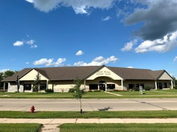 1202 E Bluff Rd 1208, Whitewater, WI 53190