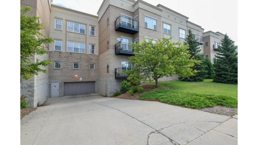 10900 W Bluemound Rd 102 Wauwatosa, WI 53226-4145 by M3 Realty $174,900
