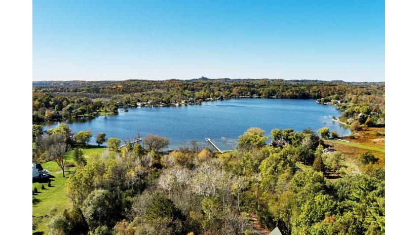 1358 E Friess Lake Dr Richfield, WI 53033-9751 by M3 Realty $375,000