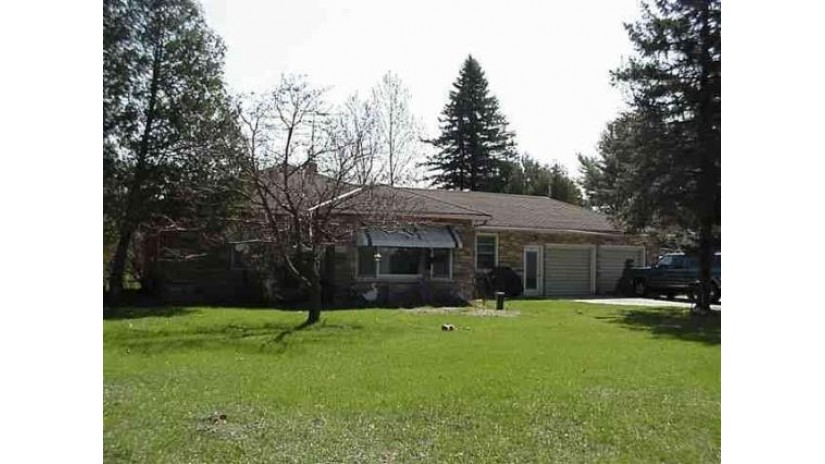 5211 South Highway 13 Wisconsin Rapids, WI 54494 by Terry Wolfe Realty $449,750