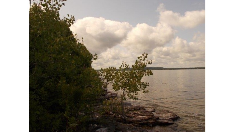 Lot 22 Bay Shore Dr Sturgeon Bay, WI 54235 by Era Starr Realty $198,000