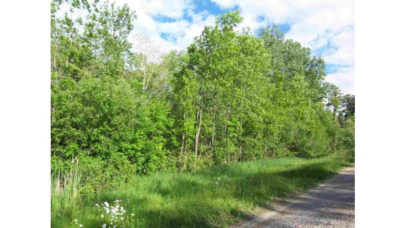 13628 VELP Avenue Suamico, WI 54173-8205 by Resource One Realty, LLC $139,900