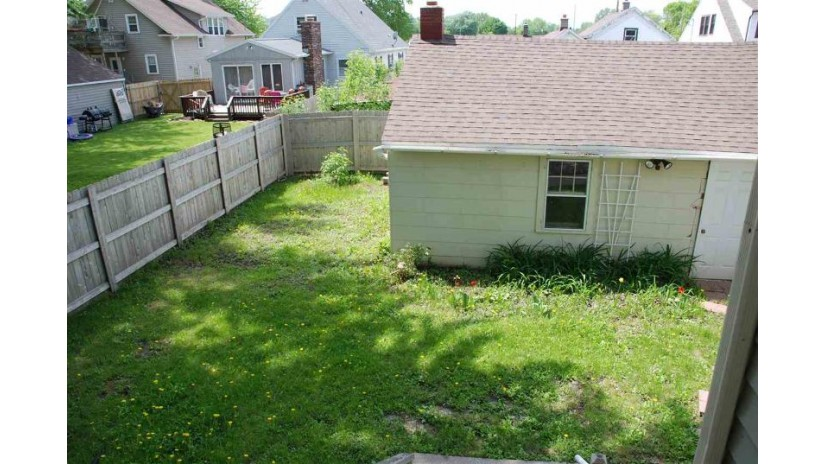 515 8TH Street Menasha, WI 54952-2323 by Century 21 Affiliated $124,900