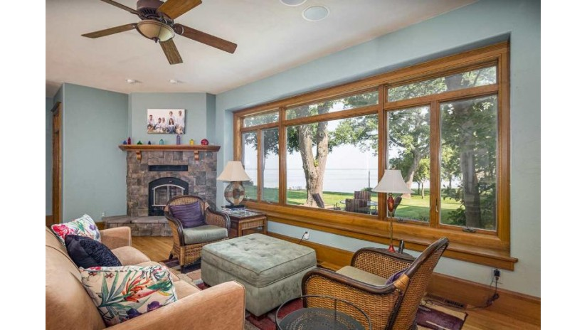 3190 WALDWIC Lane Algoma, WI 54904-8430 by First Weber Group $1,700,000