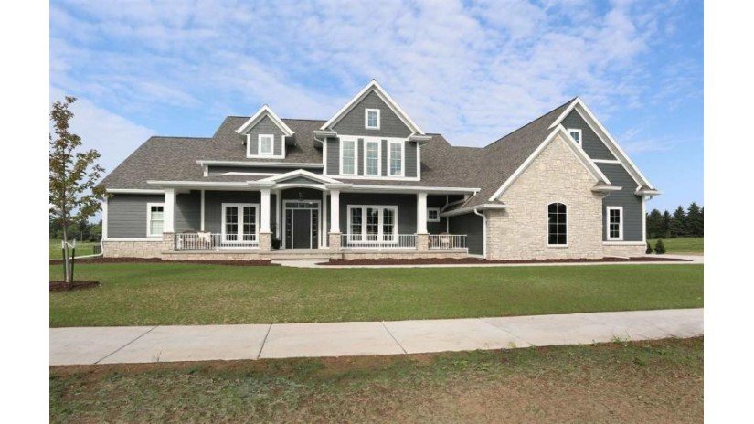 7421 N PURDY Parkway Appleton, WI 54913-7512 by Coldwell Banker The Real Estate Group $959,900