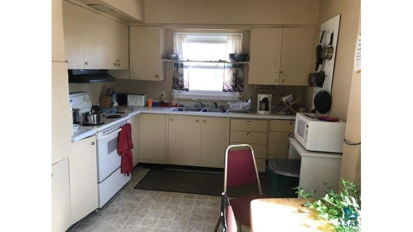 1710 North 22nd St Superior, WI 54880 by Re/Max   Results $220,000