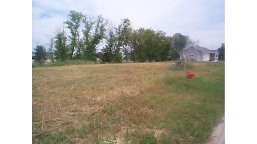 L8 Dalogasa Dr Arena, WI 53503 by Century 21 Affiliated Roessler $208,000