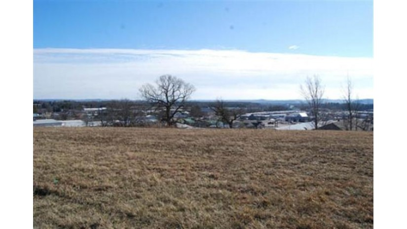 L36 Eastridge Cir Reedsburg, WI 53959 by Re/Max Preferred $30,200