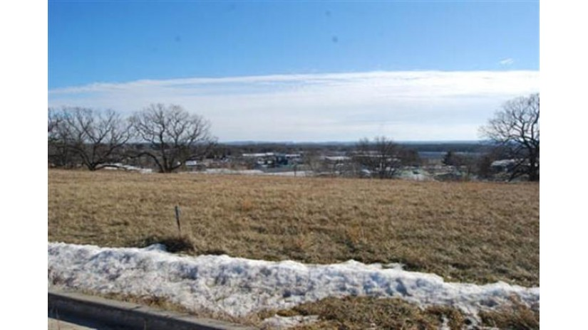 L38 Eastridge Cir Reedsburg, WI 53959 by Re/Max Preferred $30,200