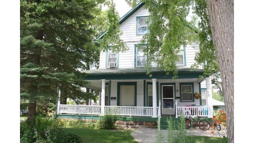 619 Maiden St Mineral Point, WI 53565 by First Weber Inc $169,900