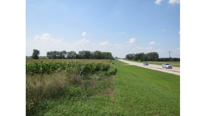 58 Ac Northwestern Ave Caledonia, WI 53126 by Jim Sullivan Realty & Powers Auction Service $2,871,000