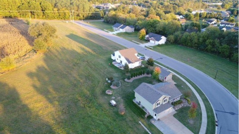 1056 Hay Creek Tr Reedsburg, WI 53959 by First Weber Inc $20,500
