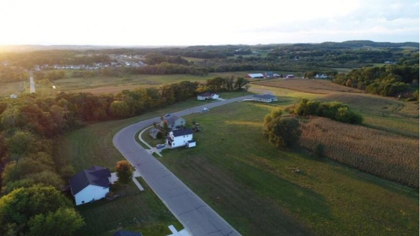 L31 Hay Creek Tr Reedsburg, WI 53959 by First Weber Inc $21,500
