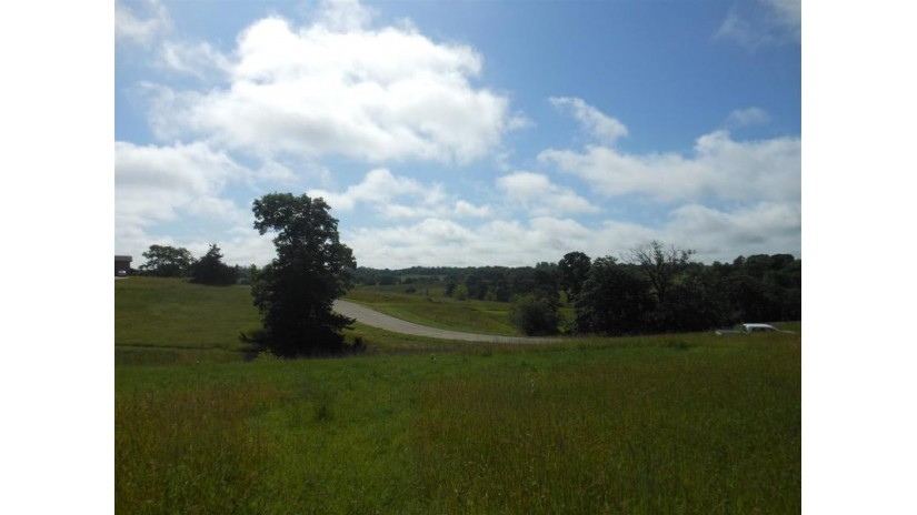 L15 Penny Ln Dodgeville, WI 53533 by First Weber Inc $69,900