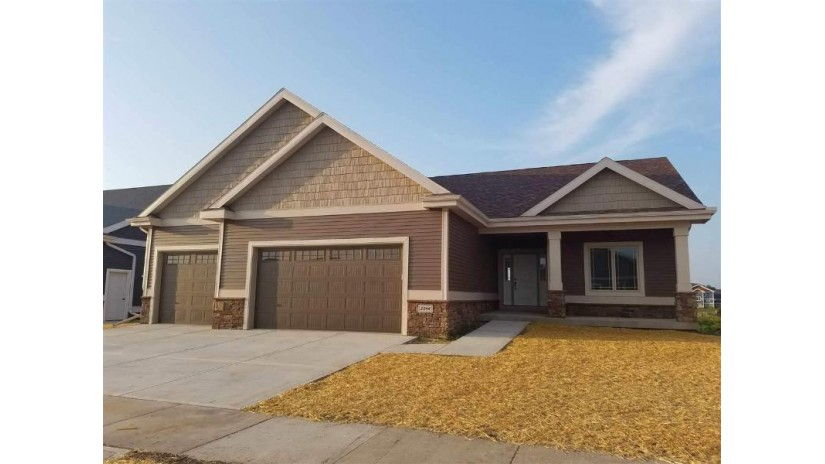 L95 Mourning Dove Ct Marshall, WI 53559 by Sanoy Realty $334,900