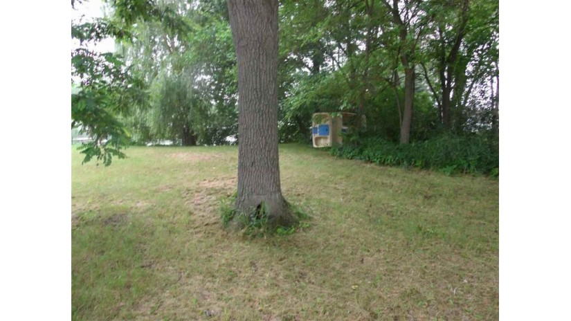 L25 Cottage Ct Montello, WI 53949 by Whitemarsh Properties Llc $54,000